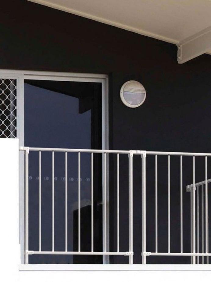 Balustrady schodowe zewnętrzne. Styl, funkcjonalność i jakość